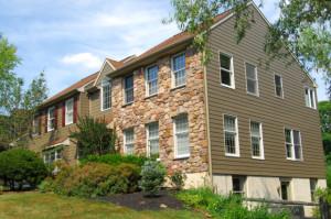 fiber-cement-siding-with-a-natural-stone-facade